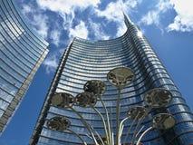 高摩天大楼在米兰 图库摄影