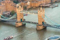 从高有利位置-伦敦的塔桥梁 图库摄影