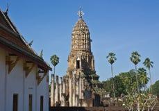 高棉wat的Phra Si Ratana Mahaphat, Si Satchanalai,泰国样式塔 免版税库存照片