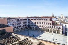 高正方形(广场亚尔他,巴达霍斯),西班牙 免版税库存图片