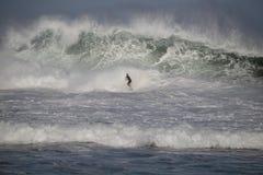 高海浪警告 免版税库存照片