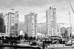 高海滨广场上升塔 库存照片