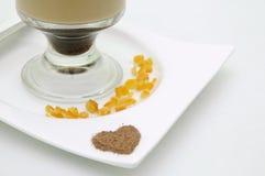 高热奶咖啡玻璃的latte 免版税库存照片