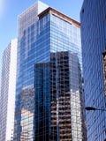 高现代办公楼玻璃外部 图库摄影