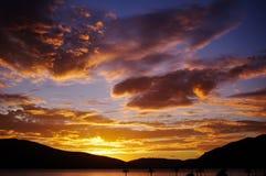 高积云日落,蒂瓦特,黑山 免版税图库摄影