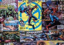 高空作业的建筑工人奇迹漫画超级英雄 免版税库存图片
