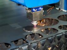 高精度CNC激光焊金属板 免版税库存照片