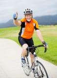 高级男性自行车骑士 免版税图库摄影