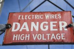高老符号电压 库存照片