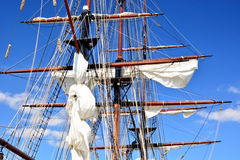 高船上船桅特写镜头 库存图片