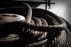高装配的船 免版税库存照片