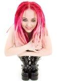 高起动的桃红色头发女孩 免版税图库摄影