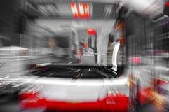 高速公共汽车发光光芒 免版税库存图片