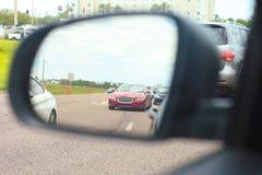 高速公路侧视图镜象反射 库存照片