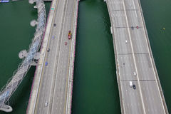 高速公路和桥梁鸟瞰图在新加坡 免版税库存照片