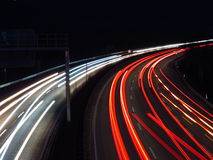 高速公路在晚上 图库摄影
