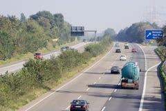 高速公路大量运输路线三业务量 库存照片