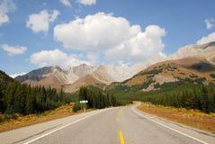 高速公路山 库存图片