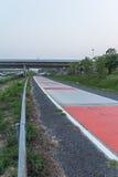 高速公路是危险曲线 库存图片