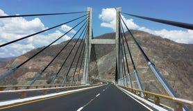 高速公路桥梁在墨西哥 免版税库存图片