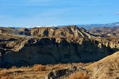高速公路通过塔宾斯沙漠自行车赛沙漠倾斜  库存照片