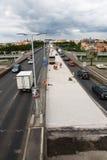 高速公路都市生活的业务量 免版税库存图片