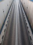 高速公路隧道的出口路 免版税库存照片