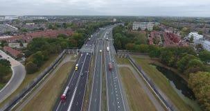 A16高速公路,兹韦恩德雷赫特,荷兰鸟瞰图  股票视频