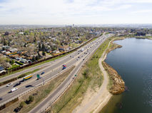 高速公路I70在丹佛科罗拉多 免版税库存图片
