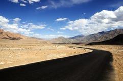 高速公路leh斯利那加 库存图片