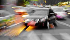 高速汽车发光光芒 免版税库存照片