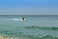 高速船只Karon海滩 库存图片