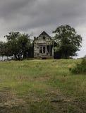 鬼和forerboding的老房子 免版税库存图片