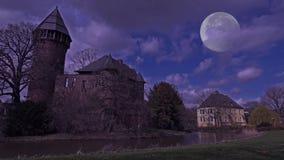 鬼的城堡夜间Linn -克雷菲尔德-德国 影视素材