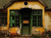 鬼被困扰的房子 免版税库存照片