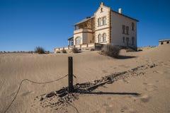 鬼魂金刚石开采城镇Kolmanskop 免版税库存照片