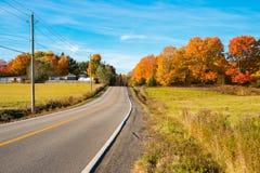 魁北克乡下在秋天 免版税库存照片