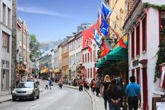 魁北克历史城区历史的街道购物 免版税图库摄影