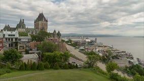 魁北克市木板走道时间间隔视图有著名大别墅Frontenac旅馆的 影视素材