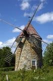 魁北克,一台老风车在奥尔良海岛 免版税图库摄影