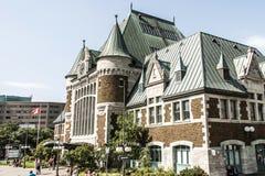 魁北克,加拿大- 12 09 2017 - 观点的Gare du Palais,魁北克中央火车站 被打开的1915年遗产火车站 免版税库存照片
