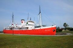 魁北克,小船在L小岛sur mer历史海军博物馆  免版税库存图片