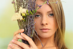 魅力妇女,春天概念 库存图片