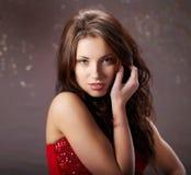 魅力纵向性感的妇女 免版税图库摄影