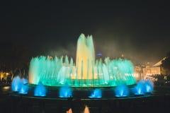 魔术喷泉光显示在巴塞罗那,西班牙 免版税图库摄影