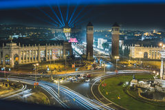 魔术喷泉光显示在巴塞罗那,西班牙 免版税库存图片