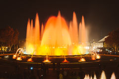 魔术喷泉光显示在巴塞罗那,西班牙 库存照片