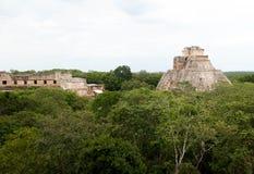 魔术师的金字塔,乌斯马尔玛雅人废墟,墨西哥2 库存照片
