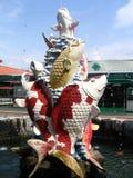 鱼喷泉 免版税库存照片
