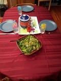 鱼子酱正餐薄煎饼表桌布 免版税图库摄影